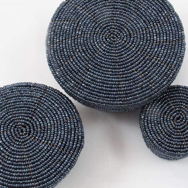 Malaika-scatole-perline-grigio-4